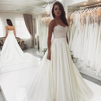 2019 Sexy Backless Wedding Dresses Sweetheart Sleeveless Lace Appliqued simple Satin A Line Bridal Dress