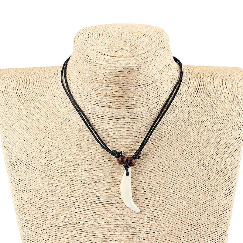 1 יחידות לבן יאק עצם אמיתי זאב שן תליון Neckalce קמע שחור שעוות כותנה שרשרת חוט