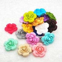 купить 50pcs BPA Free Silicone Flower Pendant Teether Beads DIY Handmade Baby Pacifier Dummy Teething Chew toy necklace jewelry дешево