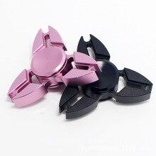 50ชิ้นมือปูปินเนอร์นิ้วสามเหลี่ยมGyro Edc Triปินเนอร์ผู้ใหญ่ของเล่นบีบอัดGyroอลูมิเนียมอยู่ไม่สุขปินเนอร์Handspinner