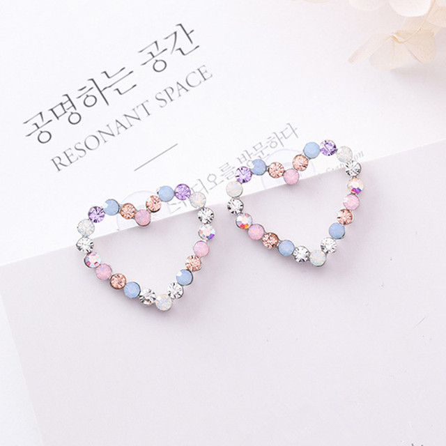 New Korean Hollow Multicolor Rhinestone Star Love Heart Stud Earrings for Women  Cute Fashion Girl Ear Jewelry Brinco Gift 6G1006 b6b767691306
