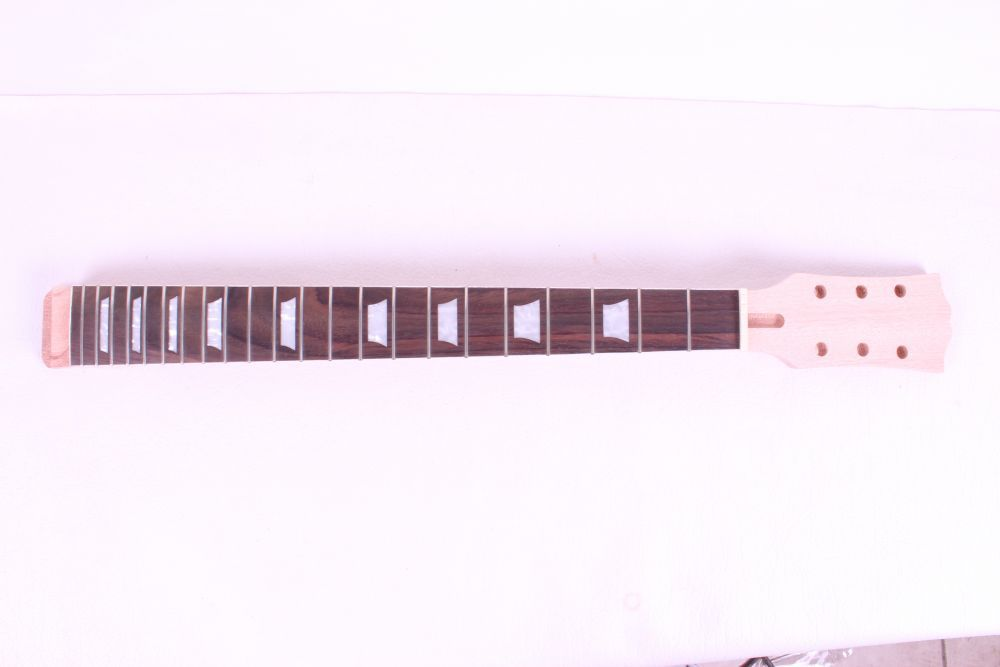 bolt on Unfinished electric guitar neck Mahogany & Rosewood FINGERBOARD #2 black color 24 frets holt on one electric guitar neck mahogany wood and rosewood fingerboard 171