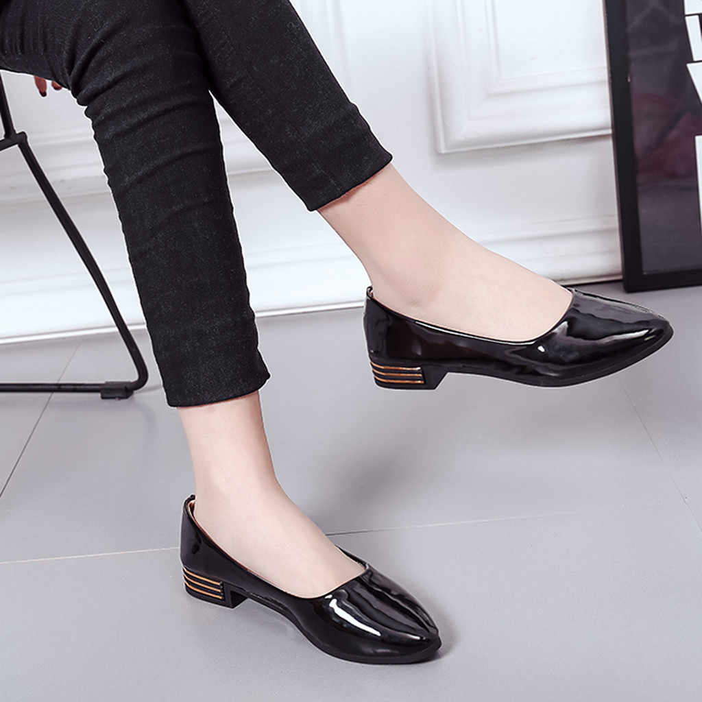 Summer women's shoes Ladies Ankle Solid Classic Elegant Flat Work Sandals Femme Ladies shoes Woman Casual Slip On Leather Flat