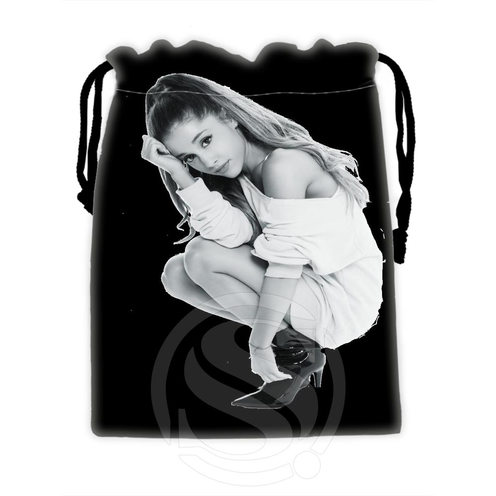 H-P620 Custom Ariana Grande #17 Drawstring Bags For Mobile Phone Tablet PC Packaging Gift Bags18X22cm SQ00806#H0620