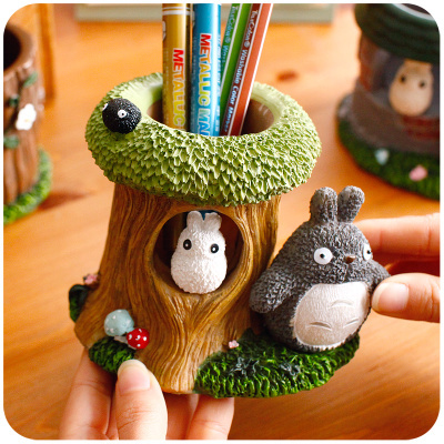 Creative Totoro Decorative Pen Holders Resin Pencil Holder Cute Office Desk Accessories Stationery Pen & Pencil Container manager folders with 4000mah mobile power multifunction cument holder manager holders office supply work accessories