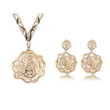 Ms Betti New 2020 mother's day gift hollowed rose flower peandant and earring costume jewelry sets filled with cubic zircons(China)