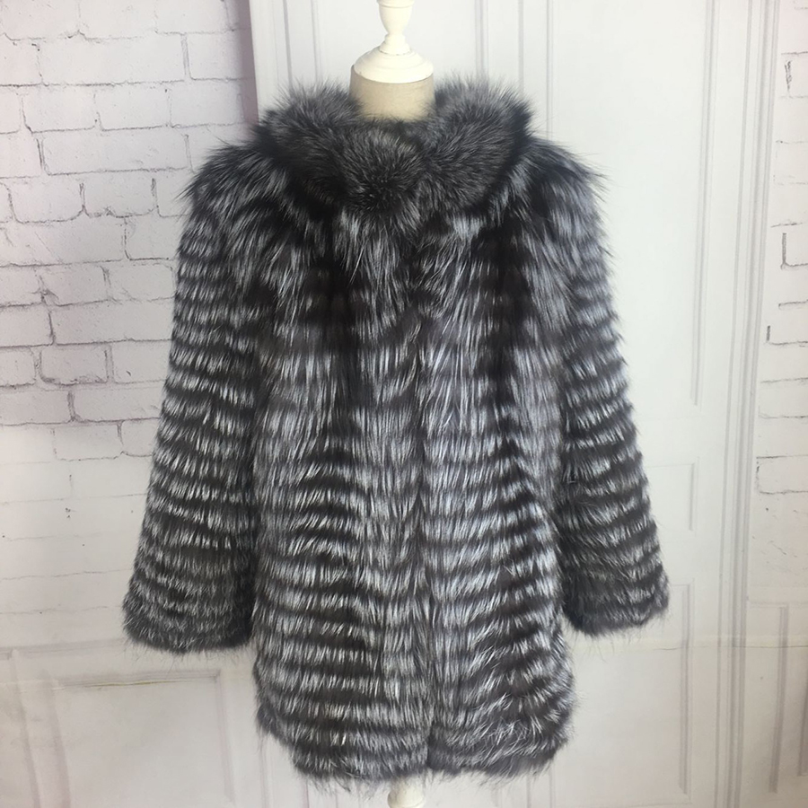 Manteau de fourrure véritable renard argenté court