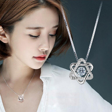 New Hot Selling Star Shape Crystal Pendant Necklace Female Collarbone Chain Short Simple Pentagram Pendant for Women Wholesale rhinestone star collarbone necklace set