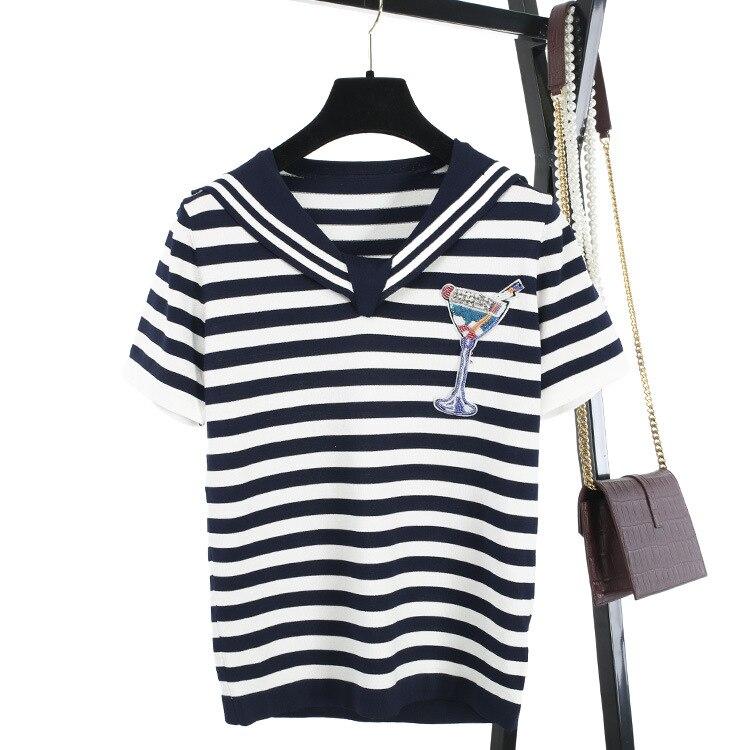 Le nouveau JunFeng V à manches courtes territorial mer bleu rayé cocktail verre clou perle ensemble tarière chandail T-shirt fille