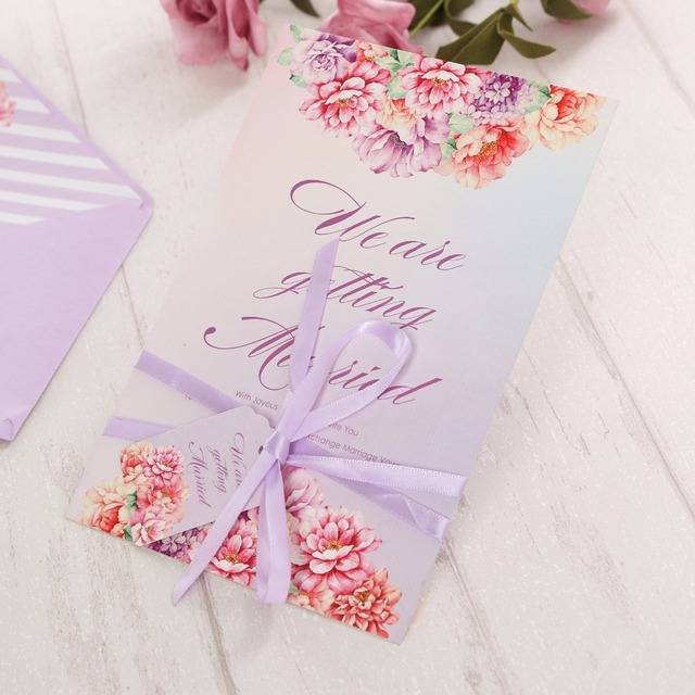 28 02 20 Unids Lote Sobres Contienen Tarjeta Tarjeta De Invitación Púrpura De La Boda De Ensueño Forro Tag Cinta De Doble Cara De Impresión
