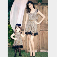2018 Mommy and Me Family Matching Mother Daughter Clothes Lace Leopard Splice Dresses Mom and Daughter Dress Kids Child Outfits