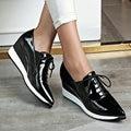 Aiweiyi auténtica mujer zapatos de cuero negro rojo punta estrecha oxfords atan para arriba los zapatos de plataforma zapatos casuales de cuero genuino mocasines