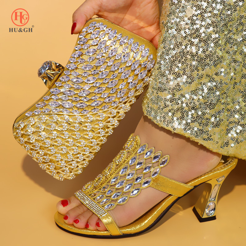 New Golden Italian Ladies Shoe and Bag Set Decorated with Rhinestone Nigerian Women Wedding Shoes and