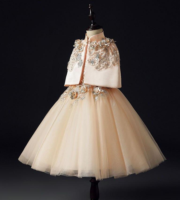Détail avec Cape princesse Costume de broderie en or bébé filles Dresse des robes de fête pour les filles en gros bébé fille vêtements