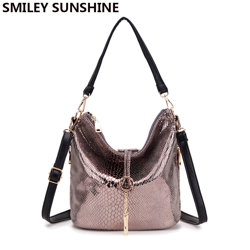 2017 new serpentine leather handbag women small tote bag female tassel shoulder bags ladies crocodile bucket hobo bag bolsas