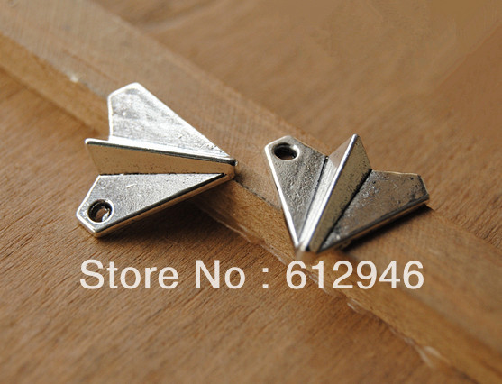 30pcs Metal Alloy Antique Silver/Bronze Paper Plane Charms Pendant DIY Jewelry Making A111
