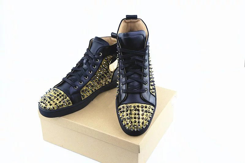 Berdecia Designer Brand Gold Spikes Red Shoes Flats Casual Shoes Men High  Top Studded Black Studs Rivet Autumn Winter Shoes Men-in Men s Vulcanize  Shoes ... 41a9babe58a6