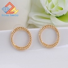 Fashion quality twist ring Alloy Earring Earrings exquisite girls retro metal earrings jewelry wholesale