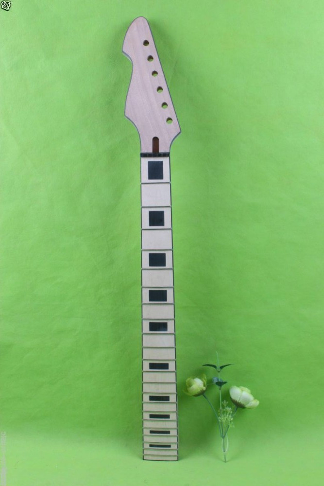 one  new left unfinished electric guitar neck 22 fret  628mm   mahogany made  maple fingerboard new electric guitar neck maple 24 fret 25 5 truss rod unfinished no frets nice