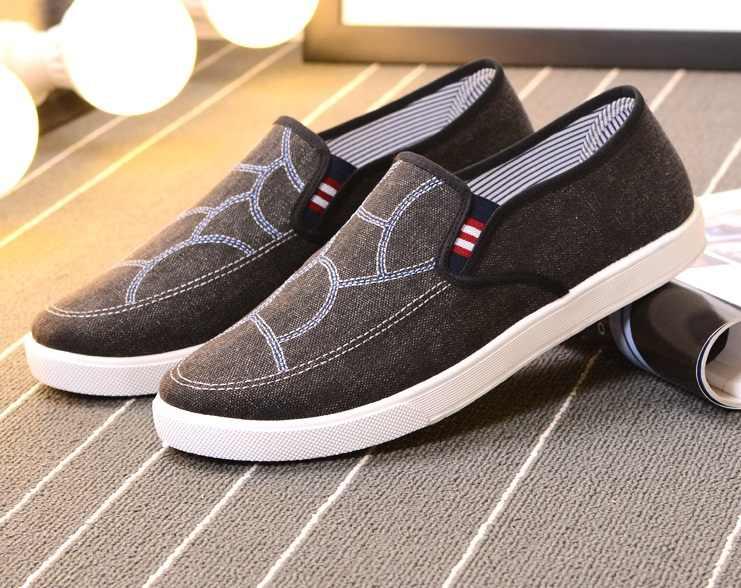 2017Hot otoño zapatos casuales de cuero zapatos de lona de goma para Hombre Zapatos de goma transpirables de diseñador de calzado masculino zapatos de mezclilla