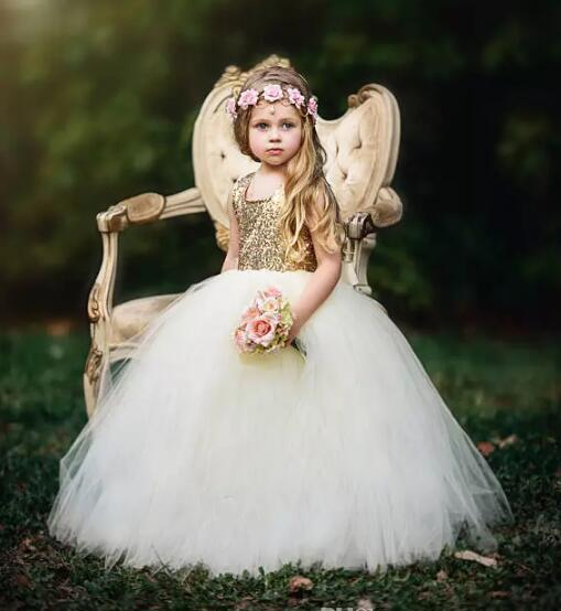 Puffy Flower Girls Dress Gold Sequins Tulle Ball Gown Girls Pageant Dresses with Champagne Bow Floor-Length Flower Girls Dress puffy flower girls dresses ivory champagne tulle bling gold sequins top keyhole back baby ball gown long tutu dress for wedding