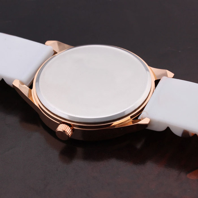 Flower Print Silicone Quartz Watch For Girls 3