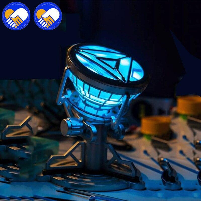 NEW Hot 14-16cm MK43 MK46 1:1 Scale The Avengers Juguetes Anime Iron Man 3 Arc Reactor LED Light Action Figure Collection toysNEW Hot 14-16cm MK43 MK46 1:1 Scale The Avengers Juguetes Anime Iron Man 3 Arc Reactor LED Light Action Figure Collection toys