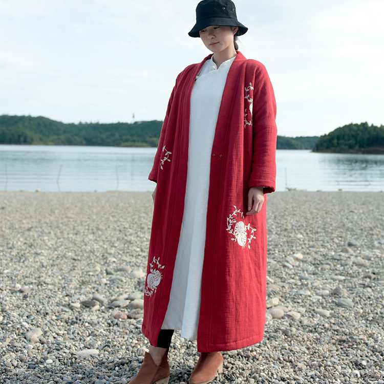 2016 Women Cotton Coat Embroidery Floral Loose Red Thick Robes  Winter Vintage Plus Size Cotton Casual Warm Parkas Coat