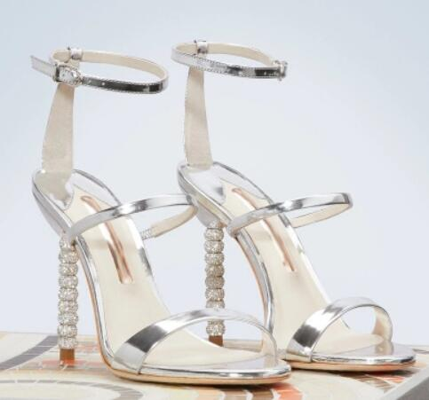 Red wedding shoes 2018 Summer new woman open toe ankle strap high heel sandals Fashion crystal thin heel sandals High heels crystal queen sexy women sandals high heels pearl rhinestone thin heel sandals woman flock open toe ankle strap party shoes page 4