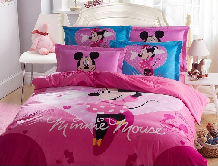 https://ae01.alicdn.com/kf/HTB1x07lJpXXXXaHXVXXq6xXFXXX5/Winter-worm-Home-textile-minnie-mouse-bedding-sets-coral-fleece-fitted-sheets-kids-girls-bed-linen.jpg