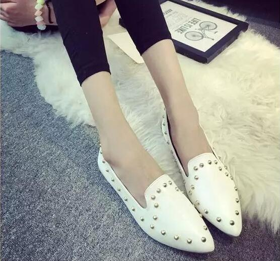 Women Studded Flat Shoes Pointed Toe Ladies Rivet White Flats 2017 New Fashion Free Shipping beyarne hot sale new fashion spring women flats shoes ladies bow pointed toe slip on flat women s shoes free shipping size34 40