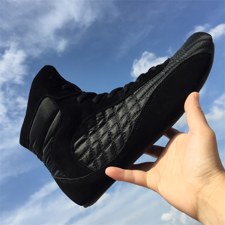 ebfdde0432f Fitness shoes No1 champion wrestling boots fashion boxing shoes high  quality kungfu Ring shoes weightlifting footwear-in Women s Flats from Shoes  on ...