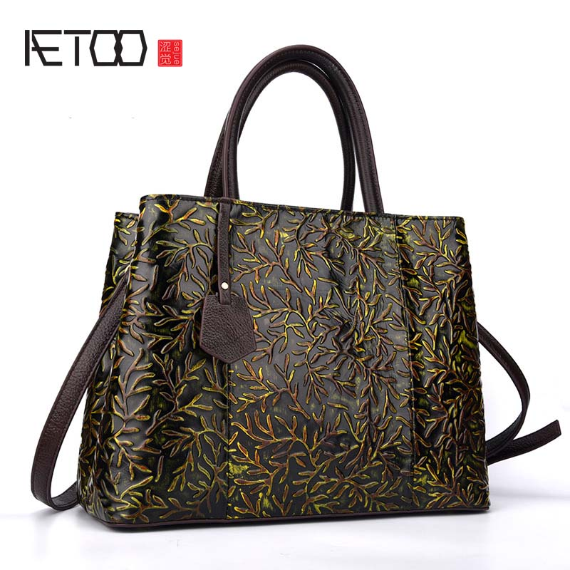 AETOO 2018 new hand-leather handbag retro Messenger bag handbag first layer of high-capacity leather shoulder bag famous brand top leather handbag bag 2018 new big bag shoulder messenger bag the first layer of leather hand bag