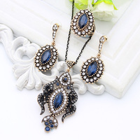 Vintage Turkish Women Flame Resin Jewelry Set Ethnic Pendant Necklace Crystal Drop Earring Antique Moon Ring Arabia Bride Dowry