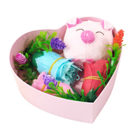 バレンタインの日漫画ステッチ花束+石鹸ローズクマ人形のおもちゃフェスティバルギフト用誕生日結婚式で高級ギフトボック