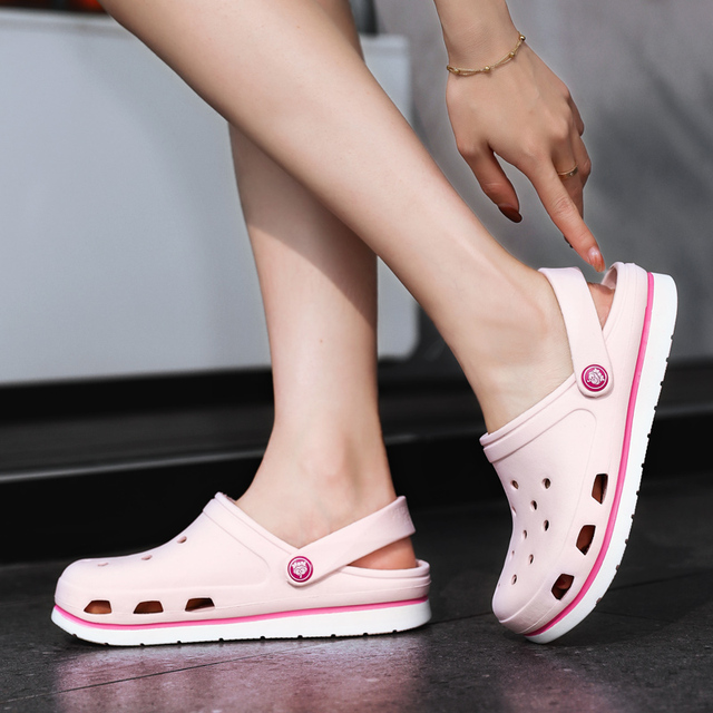 2019 New Women Sandals Rubber Clogs For Female Shoe  EVA Lightweight  Sandles Unisex Colorful Shoes for Summer Beach Pink White