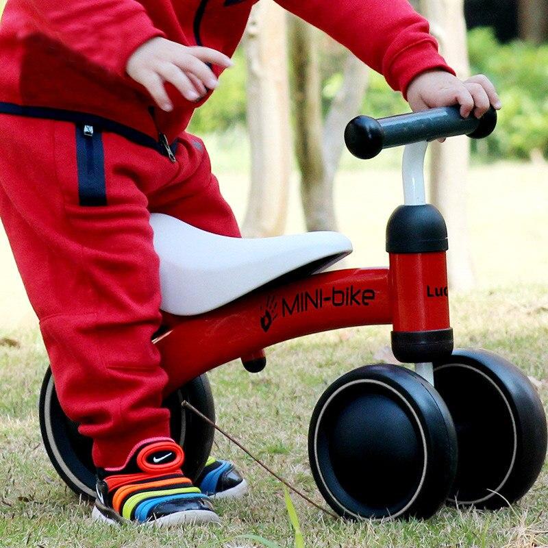 Bebé brillante bebé caminador automóvil juguete niños paseo en coche de 1 a 3 años de edad niños Scooter equilibrio bicicleta tren bebé Andador 4 ruedas - 2