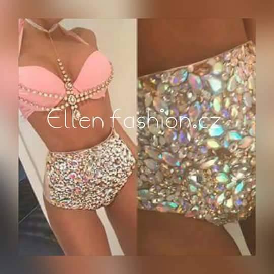 2016 Vénus Vacances vente chaude ouvert chaude fille push up bikini bling strass maillots de bain avec des chaînes