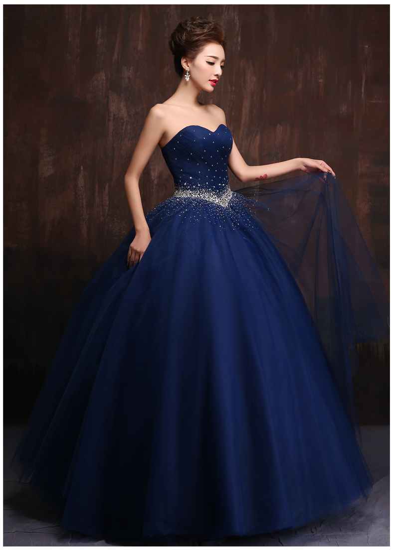 Gaun Pengantin Warna Biru Navy Inspirasi Pernikahan