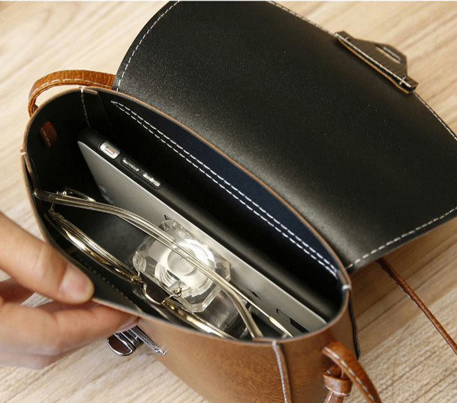 11 Colors New Crossbody bags for women Small Side Of Mini Mobile Phone Messenger Bag Triangle buckle Women Bags Shoulder Bags 6