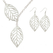 New fashion jewelry simple personality wild temperament 2 leaf necklace female jewelry necklace wholesale Necklace Earrings Set(China)