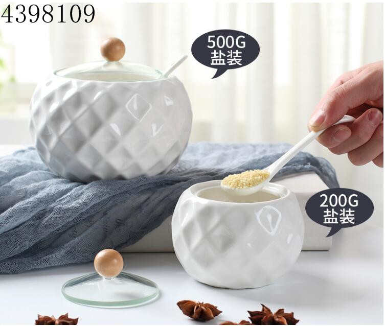 1pices household kitchen products ceramic wooden cover seasoning bottle soy sauce pot salt sugar pot kitchen