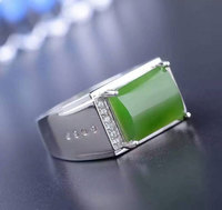 Y 925 sterling silver with man's natural jade ring