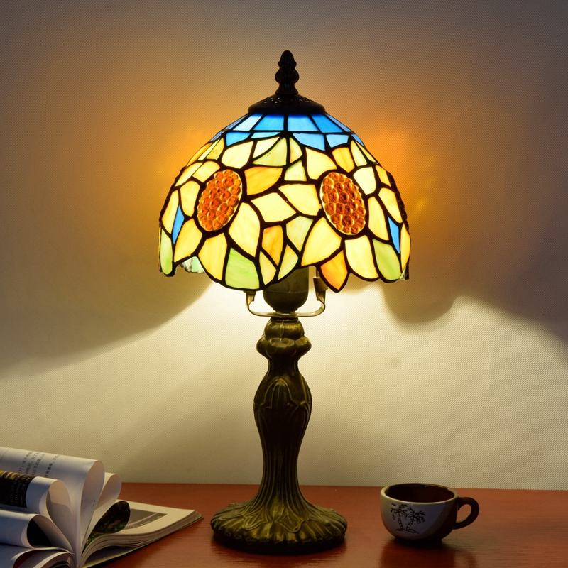 Originality Stained glass Blue Sun flower desk lamp American Pastoral Countryside Bar Decorative LED light 110-240V Dia:20CM originality stained glass garden flower desk lamp american pastoral countryside hotel barbedside led lamp 110 240v dia 20cm