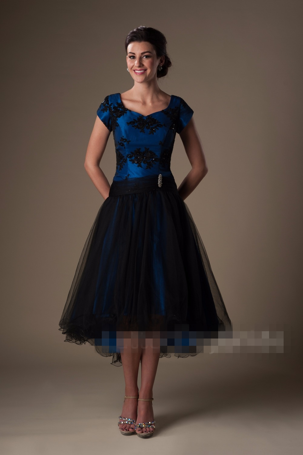 Royal Blue Black High Low Modest   Prom     Dresses   Short With Cap Sleeves Beaded Lace Appliques Short Front Long Back   Prom   Gowns