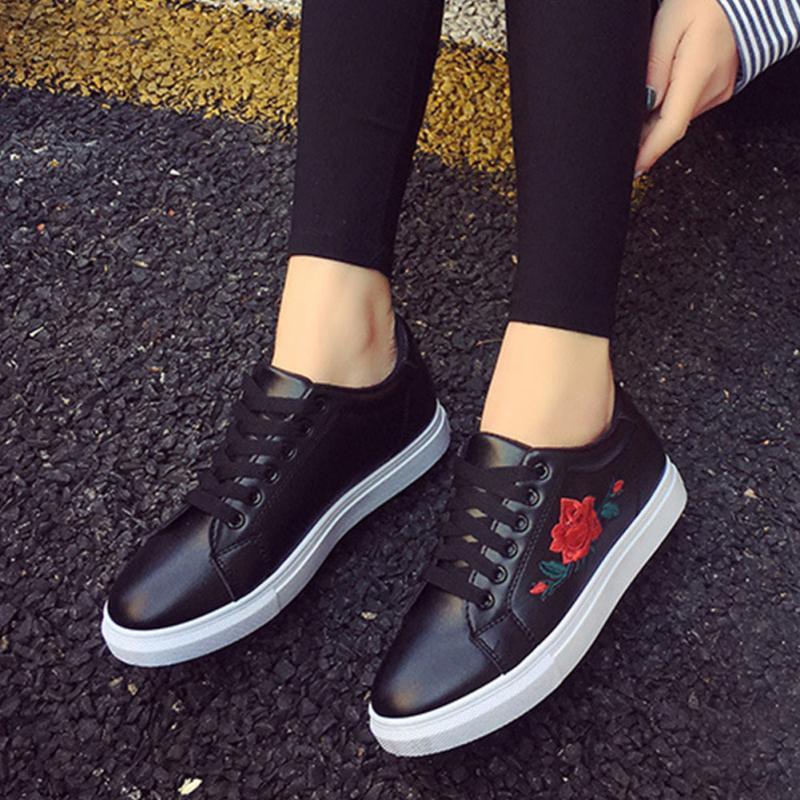HTB1x1ElSXXXXXasaFXXq6xXFXXXs - Women  Flower Creepers Flat Shoes JKP037