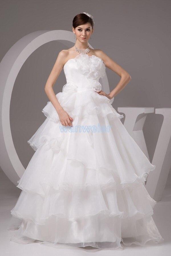 Livraison gratuite 2016 nouveau design taille personnalisée robe de mariée blanche remise robe de mariée la robe de mariée élégante à la main fleurs robe de mariée