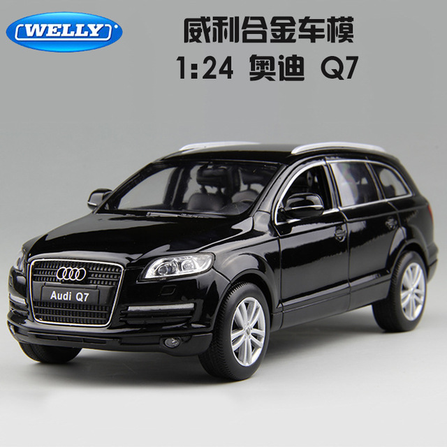 1:24 free shipping Audi Q7 Alloy Diecast Car Model Pull Back Toy Car model Electronic Car with Kids Toys Gift