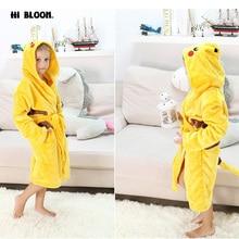 Nouvelle Année Cadeau Pokemon Pikachu Garçons Filles de Nuit Pyjamas Peignoirs Anime Costume de Carnaval Enfants Flanelle À Capuche Robe CHAUDE!!