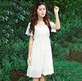 Camisón de color blanco de manga corta y pantalones de las mujeres hollow bordado vestido de noche para las mujeres clásico corto vestido de la princesa